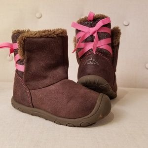 Carter's boots with bows